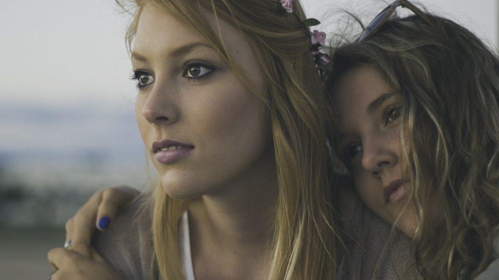 Littérature LGBT : pourquoi la romance plaît-elle autant ?